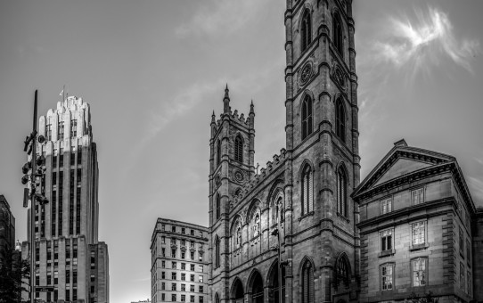 Montreal_DarkCity_BW